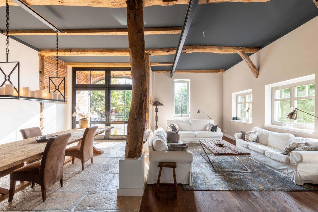 Erdgeschoss - Wohn- und Esszimmer